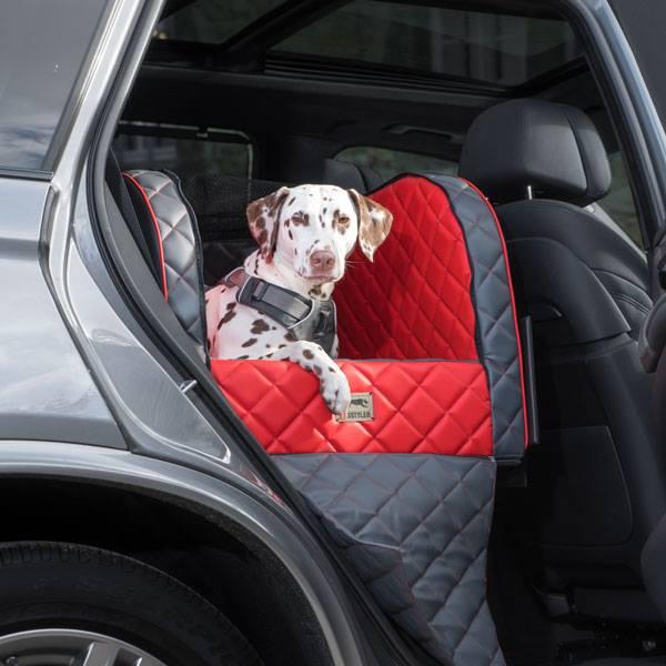 dog style f r dein haus und im auto individuelle. Black Bedroom Furniture Sets. Home Design Ideas