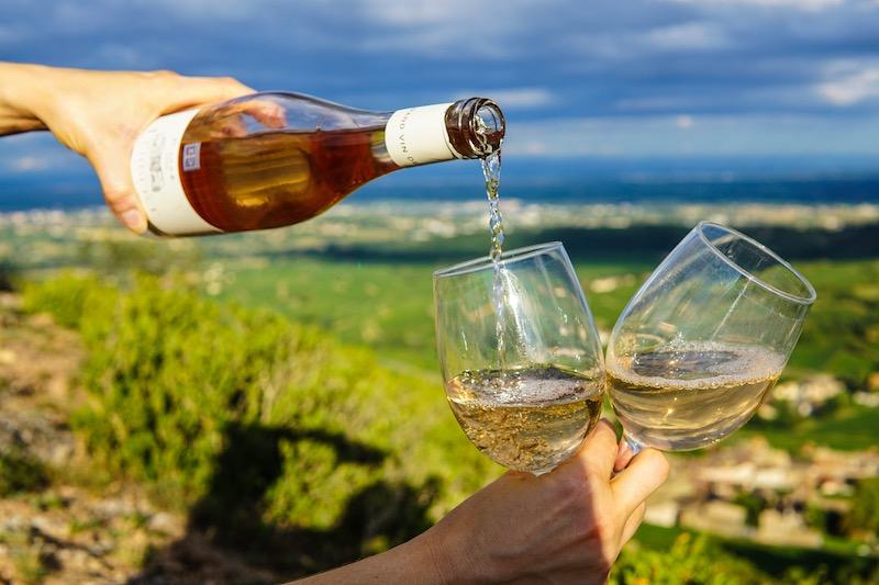 Wein einschenken Rabattcoupons