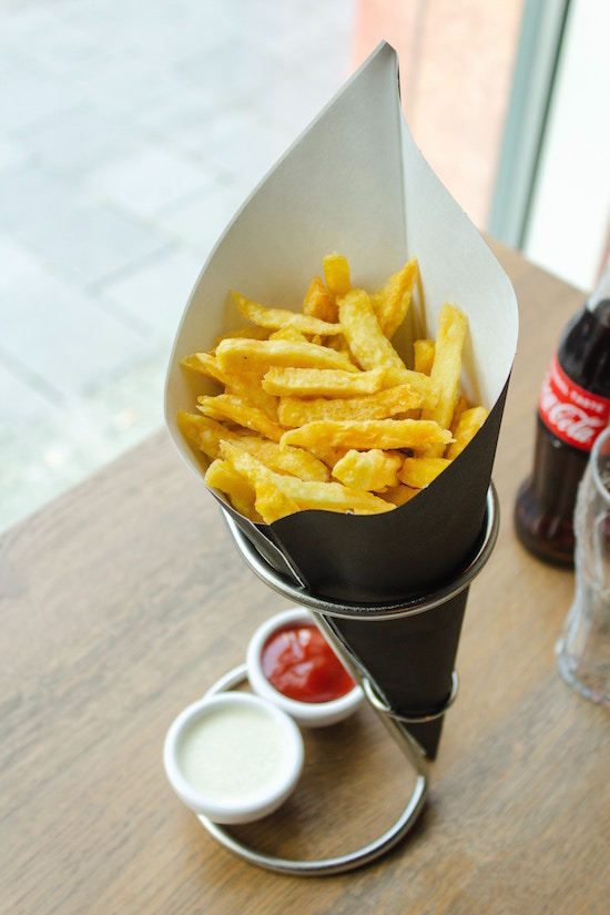 Pommes mit Ketchup | rabatte coupon