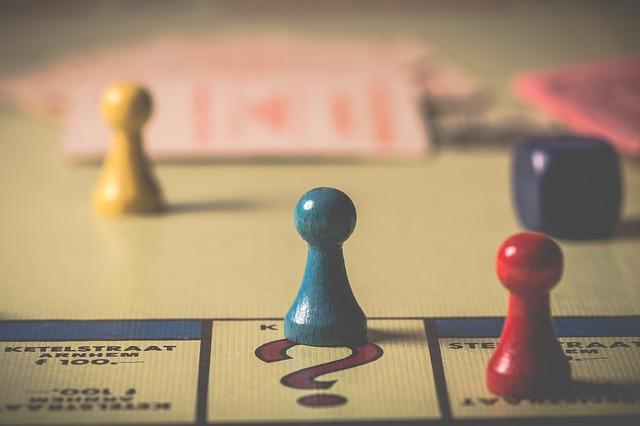 Ein Brettspiel in der Nahaufnahme | Thalia Gutschein