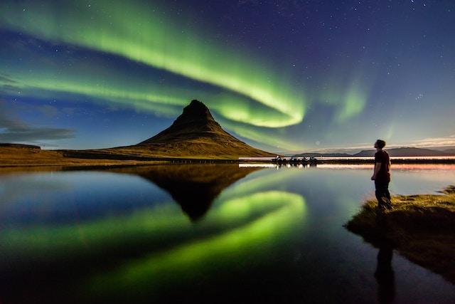 Polarlichter bei Nacht   Rabatte Coupon