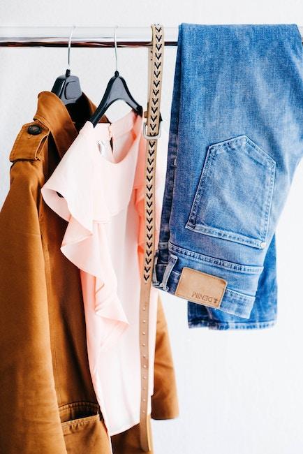 Hängende Kleidung | Rabattcoupon