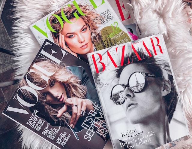 Verschiedene Zeitschriften schön hergerichtet