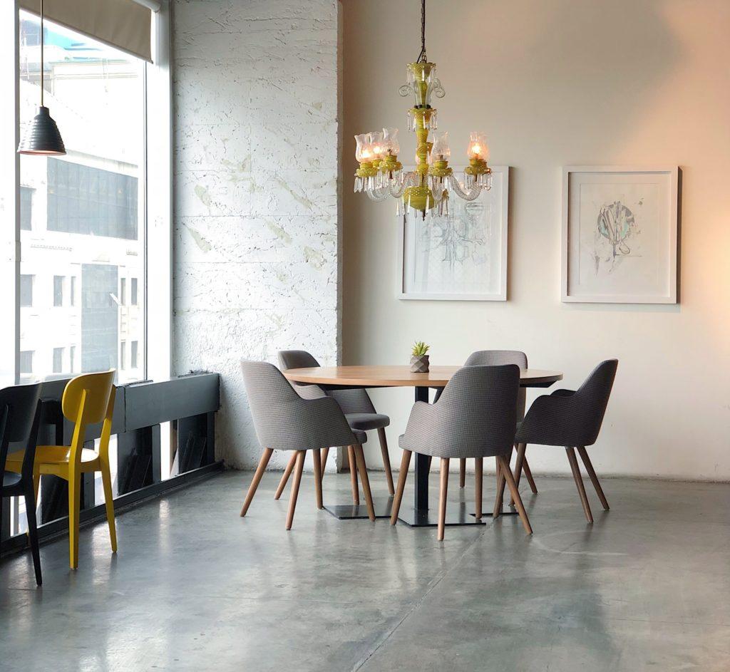 Esstisch und Stühle | rabatte coupons
