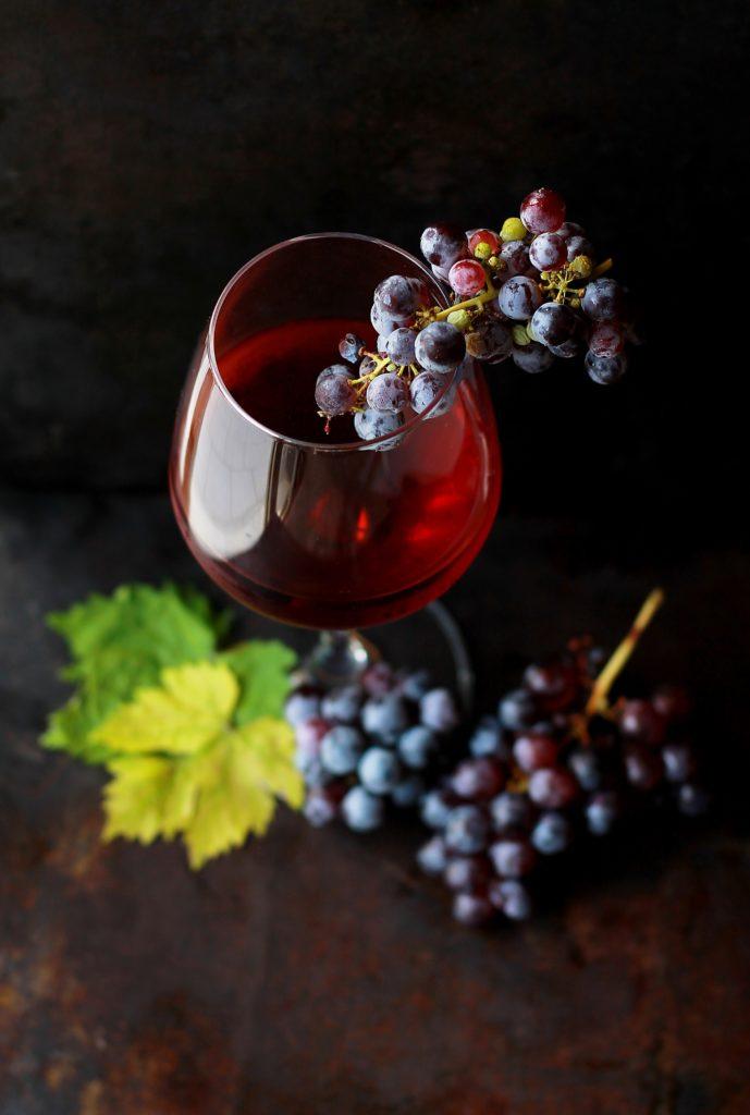 Weinglas & Traube | rabatte coupons