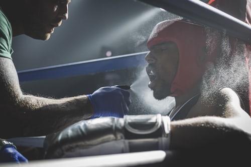 boxer in der Pause | www.unsplash.com