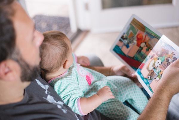 Papa liest vor; www.rabatt-coupon.com