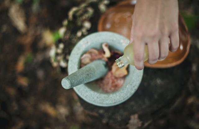 Naturkosmetik selber machen oder hochwertige 100% natürliche Produkte mit dem BLATTKULTUR Gutschein kaufen | www.rabatt-coupon.com