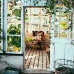 Leitfaden zum idealen Gewächshaus 2021 🌿 Kaufen oder selber aus alten Fenstern bauen?