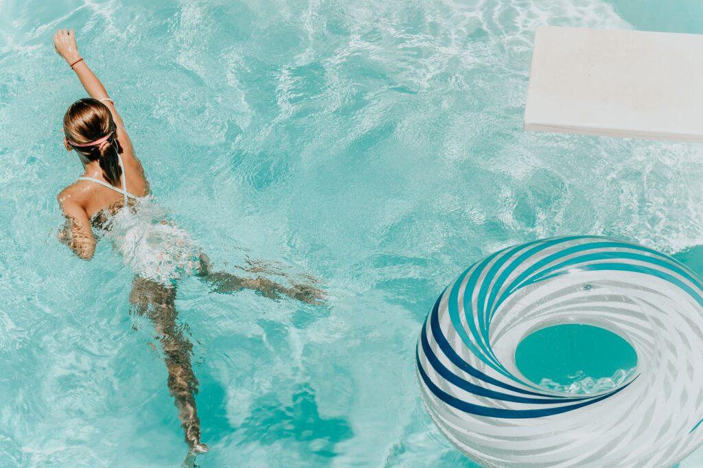 kinder schwimmunterricht | rettungsschwimmkurs | www.rabatt-coupon.com